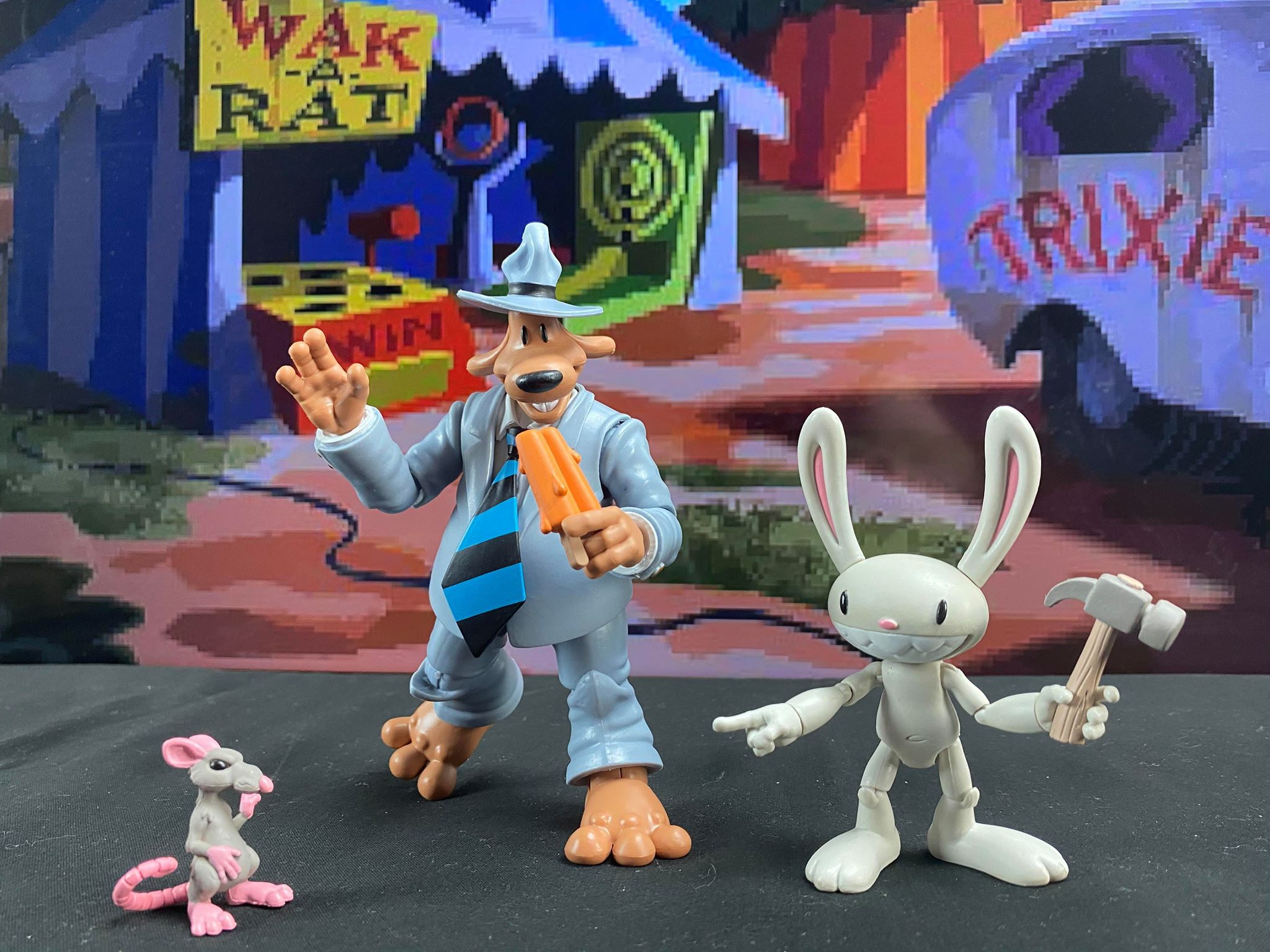 Sam & Max action figures